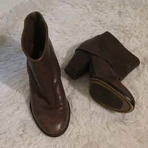 Vince Camuto Leather Cuffed Boots sz 7